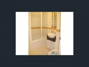 209-238 bathroom