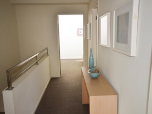 507-9 Hallway email